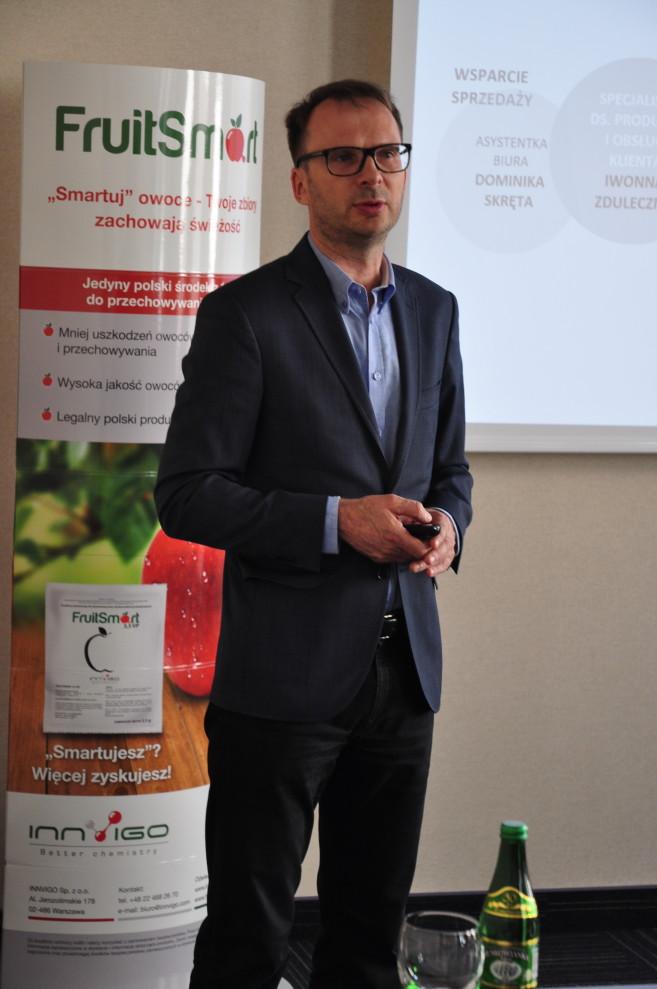 konferencja o powiązaniu przechowalnictwa owoców z regulatorami wzrostu